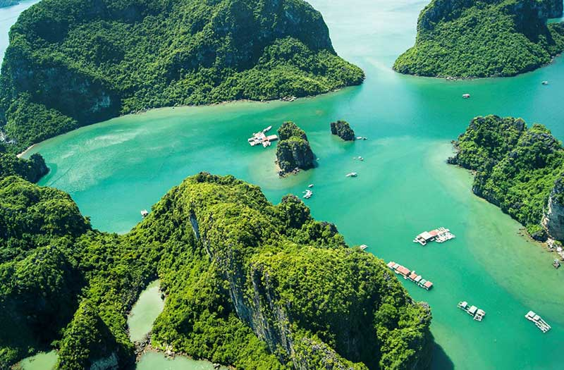 Bai Tu Long Bay, Halong Bay, Vietnam (Halong Bay Attractions)