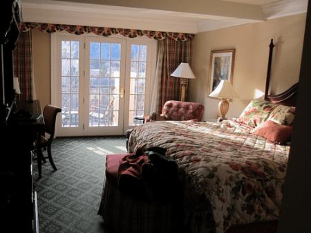 The Broadmoor - Colorado Springs Resort Hotel - Room