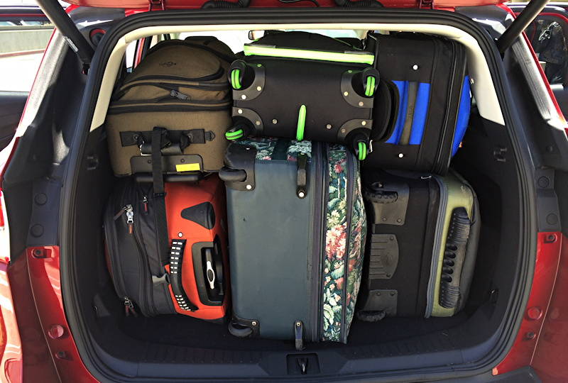 2014-ford-escape-loaded-with-luggage - GoFatherhood®
