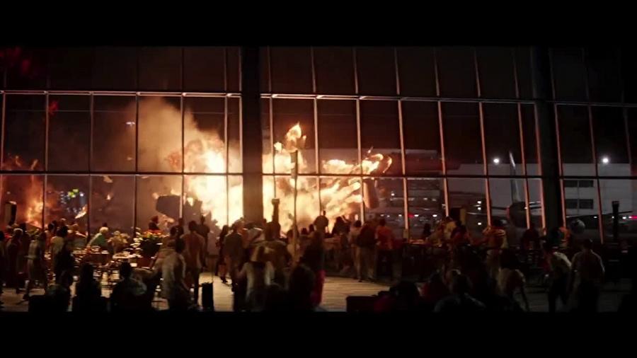 godzilla movie, gareth edwards, publicity still photo, honolulu airport, hawaii