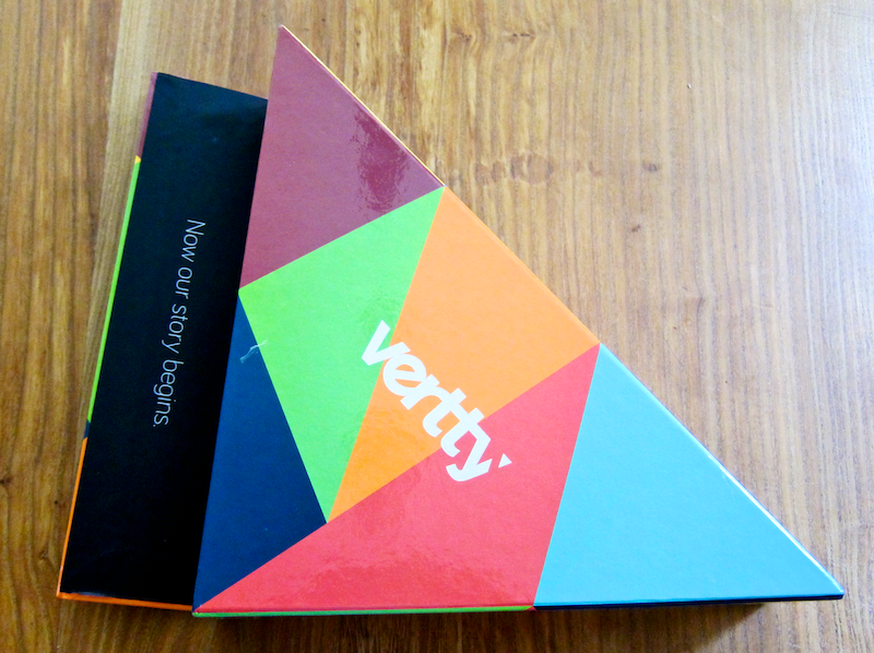 vertty beach towel, triangular box