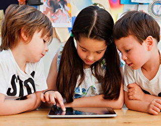 children using an ipad lausd