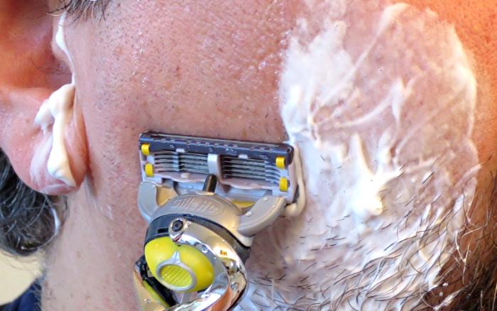gillette fusion proshield razor, closeup