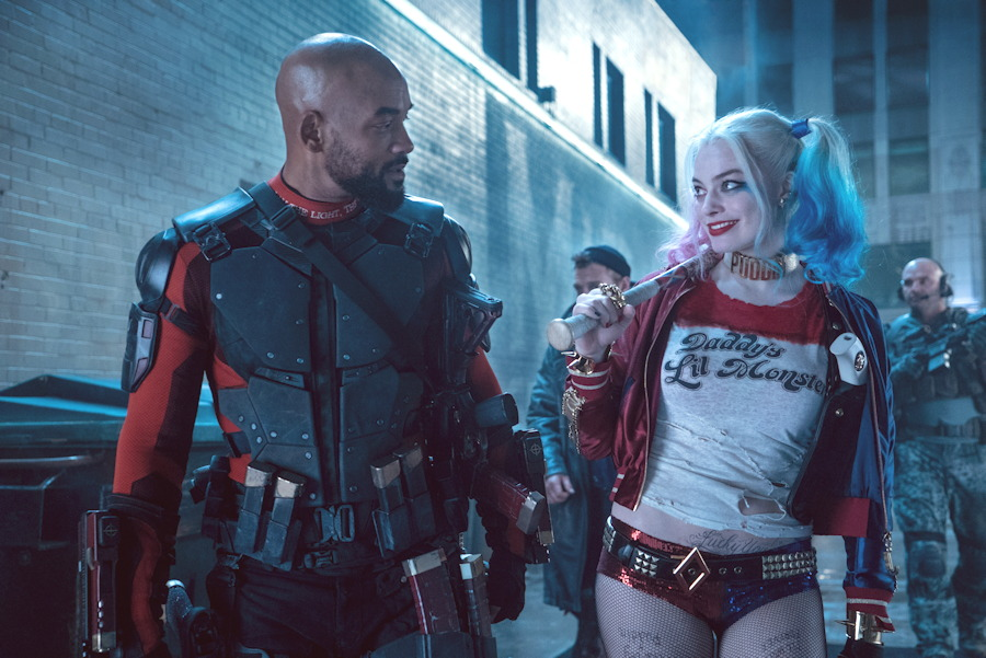 deadshot will smith harley quinn margot robbie suicide squad photo still
