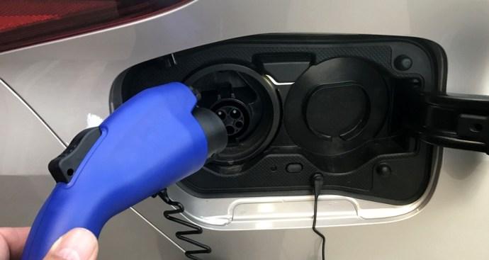2017 toyota prius prime plug-in electric port
