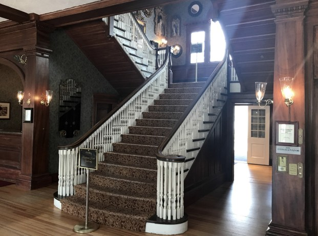 the stanley hotel - lodge - interior staircase