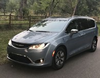 2017 chrysler pacifica hybrid platinum - review