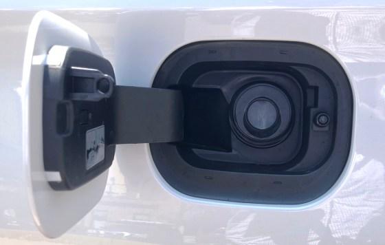 2018 chevy gas access door, no gas cap