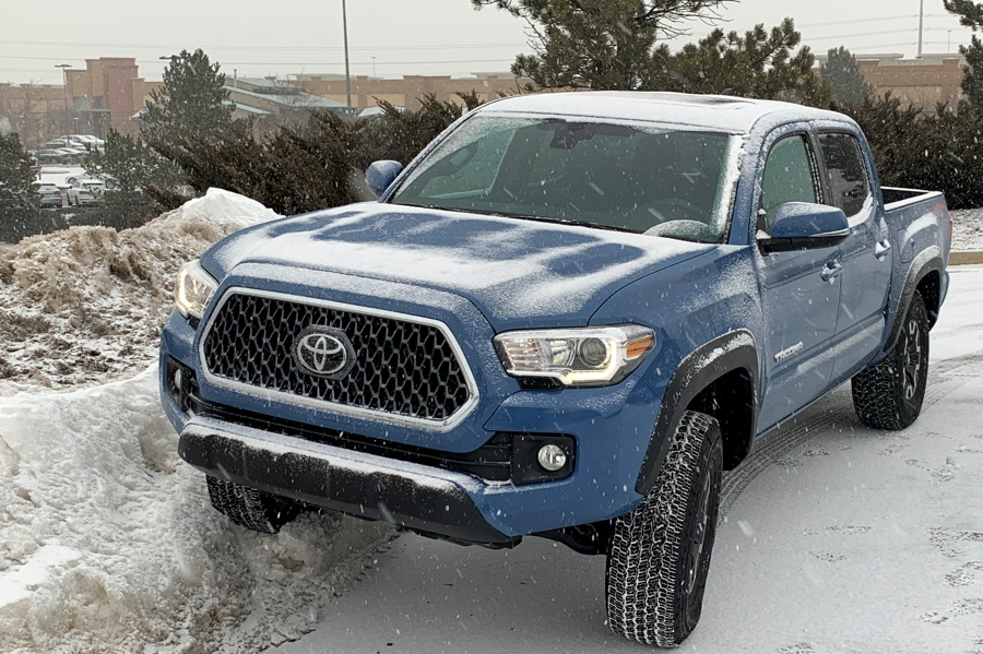 2019 toyota tacoma trd offroad front exterior