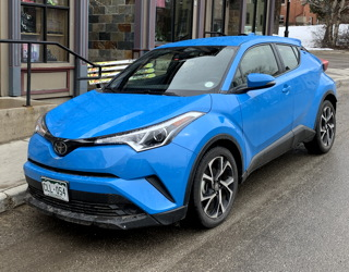 2019 toyota c-hr xle review writeup test drive