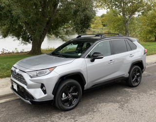 2019 toyota rav4 hybrid xse road test review