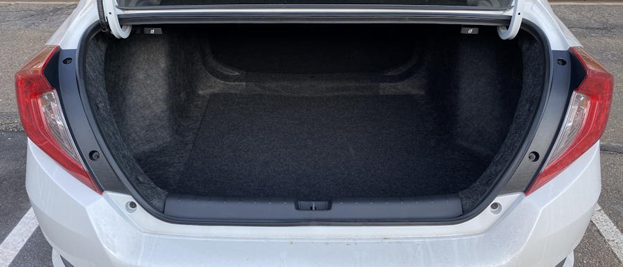 2019 honda civic touring  trunk space