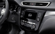 Nissan-X-Trail_2014_1280x960_wallpaper_cf