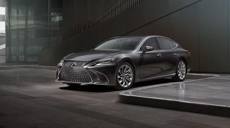 Lexus-LS-500-2018