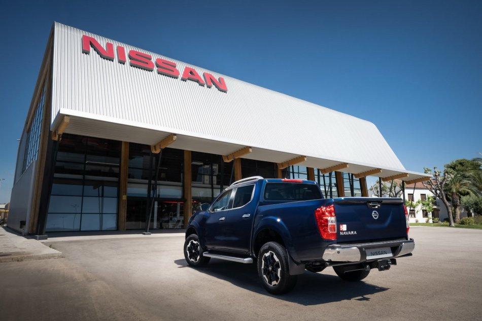 2020 Nissan Navara Exterior