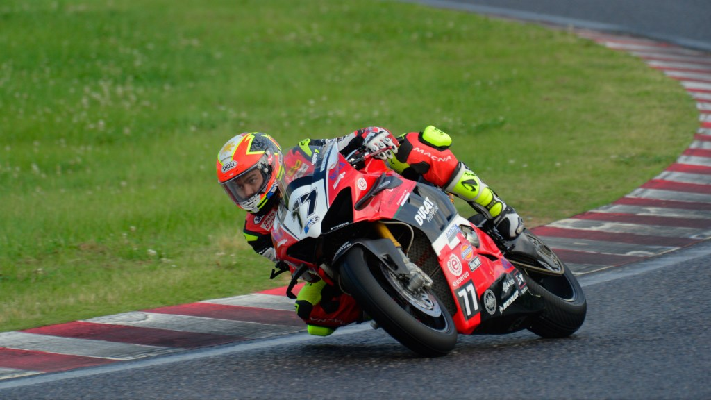 Access Plus Racing-Ducati Philippines-Essenza Achieves Point-Scoring Finishes In Challenging ASB1000 Weekend At Suzuka
