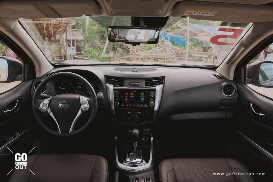 2020 Nissan Terra 4x4 VL Interior