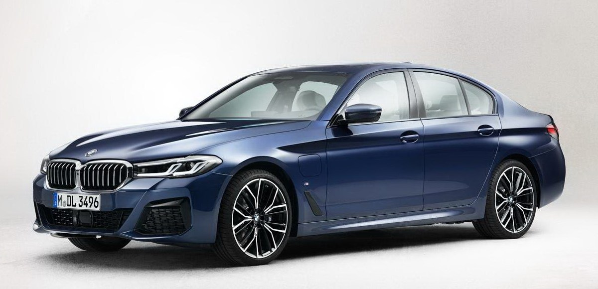 Facelifted 2021 BMW 5 Series Revealed In Leaked Photos