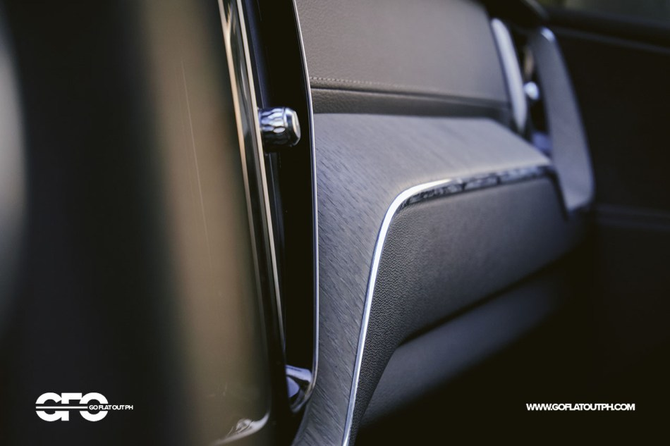 2020 Volvo XC60 T8 Inscription Interior