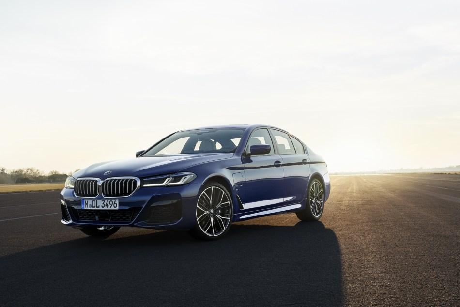 2021 BMW 530i M Sport Exterior