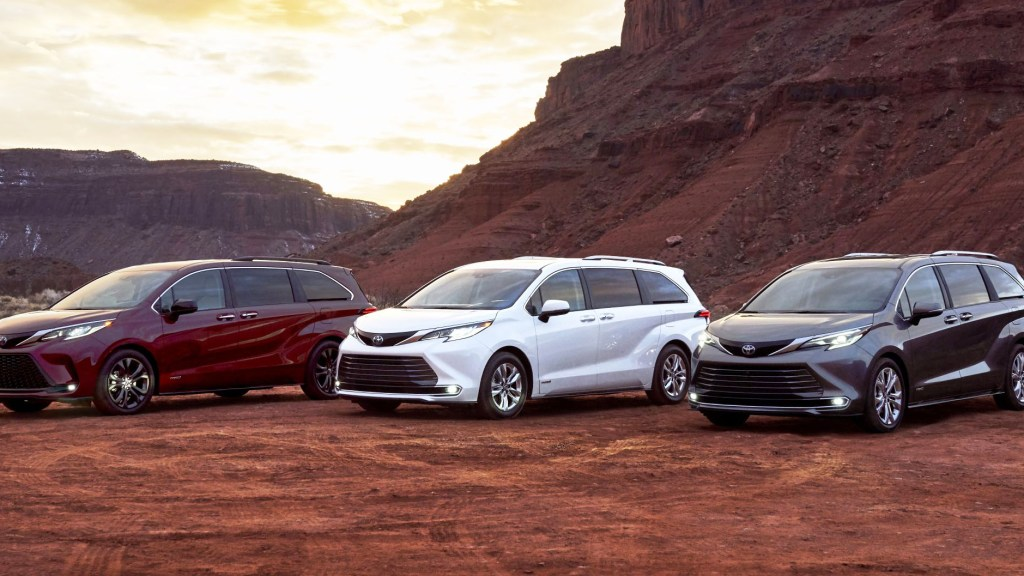 2021 Toyota Sienna Proves Minivans Can Look Handsome