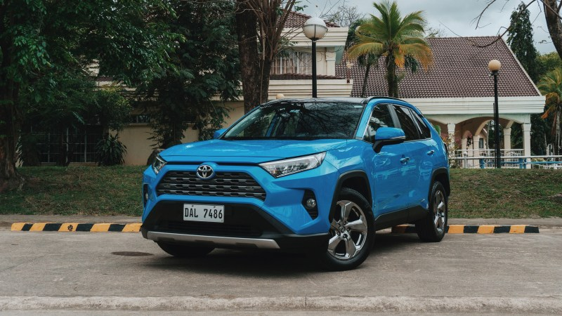 2020 Toyota RAV4 2.5 LTD Review