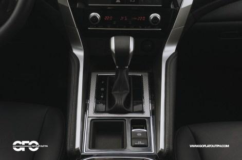 2020 Mitsubishi Montero Sport GT 2WD Center Console