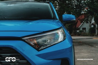 2020 Toyota RAV4 2.5 LTD Headlights
