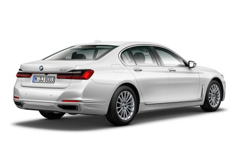 730i Pure Excellence (G11 LCI) - Rear