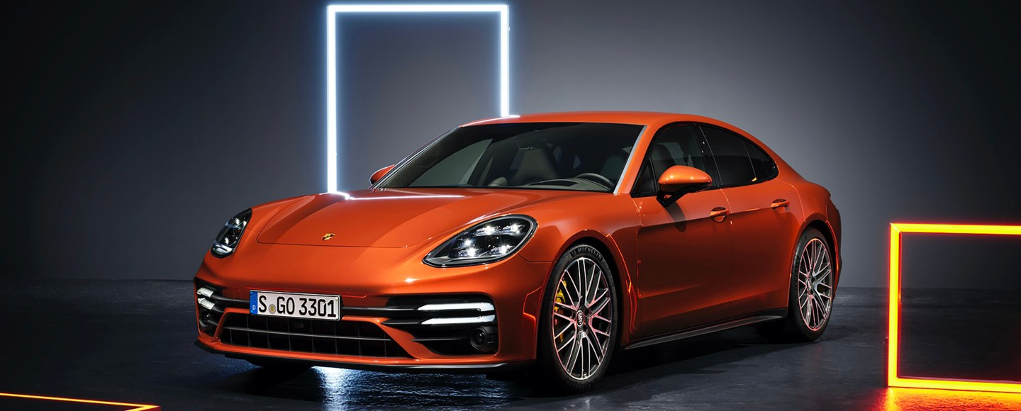 2021 Porsche Panamera Debuts With Sportier Looks, New Plug-In Hybrid Model