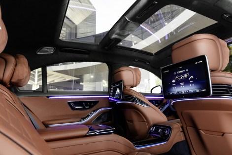 2021-New-Mercedes-Benz-S-Class-23