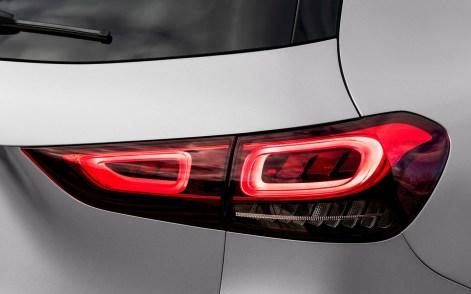 Mercedes-Benz-GLA-2021-1600-61
