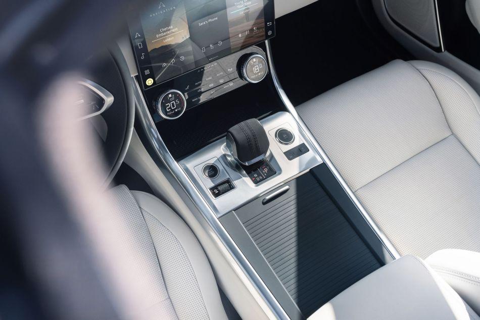2021 Jaguar XF Interior