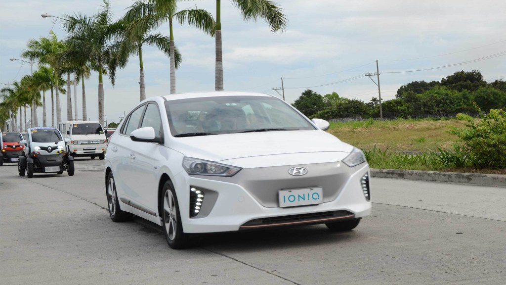 Hyundai PH Showcases Its Electric Vehicles To EV Owners Society