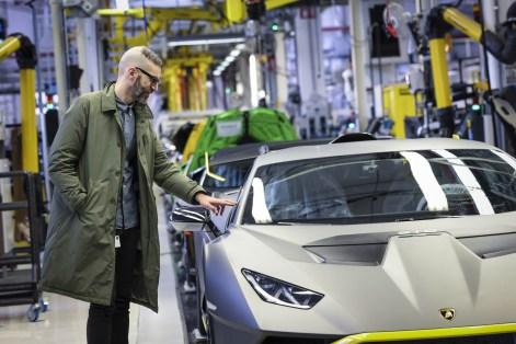 2021-Lamborghini-Moleskine-15