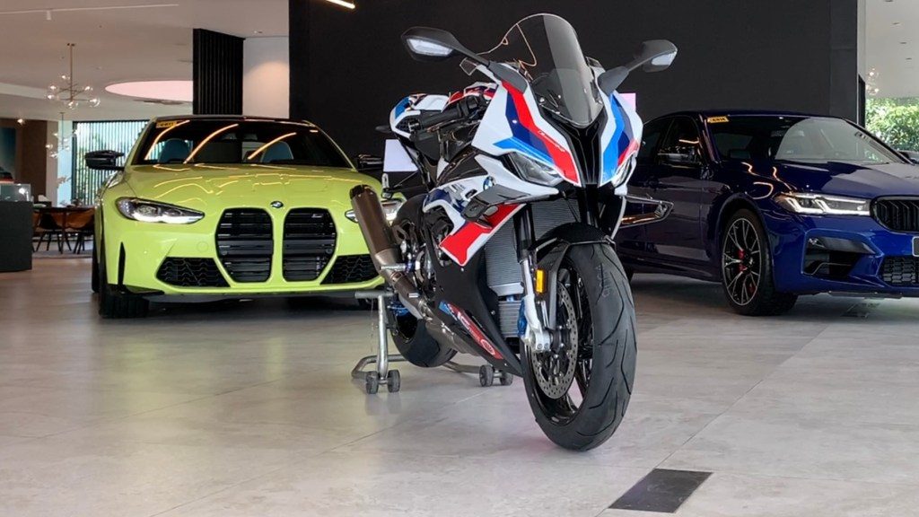 2021 BMW M 1000 RR Has 212 HP, P2.995M Price Tag (With Video)
