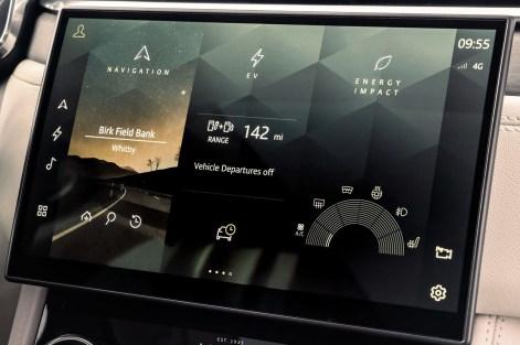 Jaguar-F-Pace-2021-1600-79