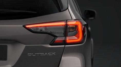 2021-Subaru-Outback-EU-Spec-14