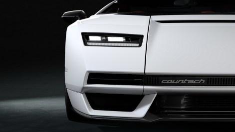 2022-Lamborghini-Countach-LPI-800-4-58