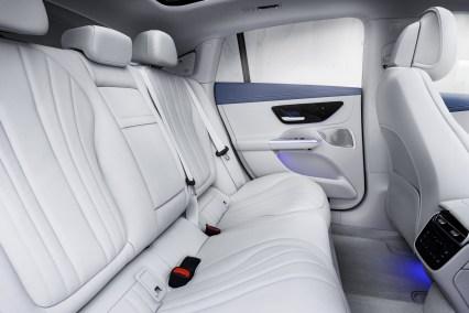 2022-Mercedes-Benz-EQE-64
