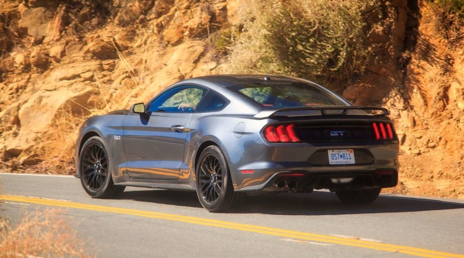 Ford Mustang GT (And Mach 1) Will Lose 10 Horsepower In 2022
