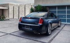 Chrysler-300_2015_1600x1200_wallpaper_21