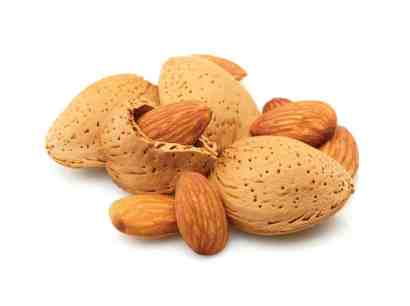Almonds remove dead cell from the skin