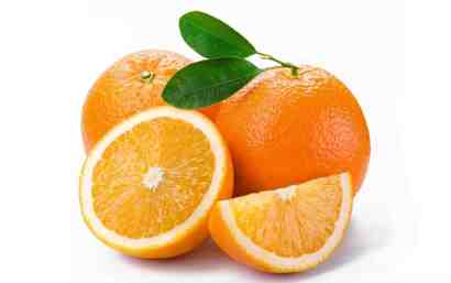 Oranges and their peel brightens the skin