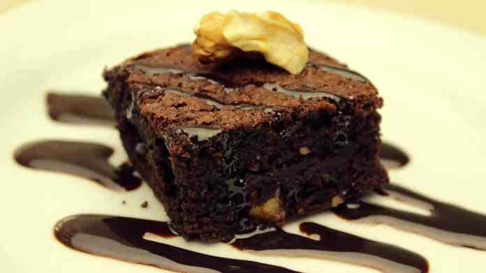 Chocolate & Walnut Brownie
