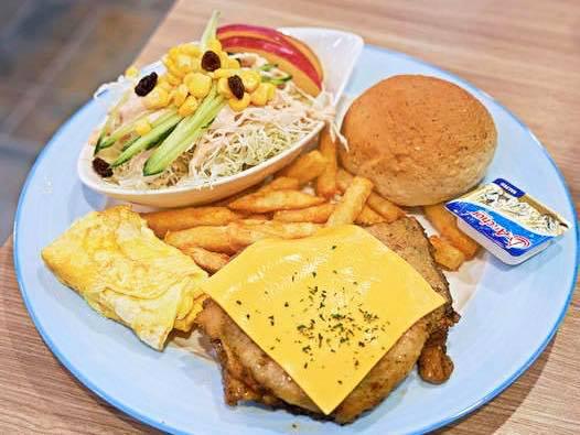 晨間廚房-新中崙店|高雄早餐|全台最大台式蛋餅連鎖品牌
