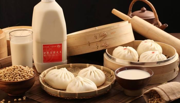 世界豆漿大王菜單該點哪些?經營超過六十年的傳統美味讓你回味無窮