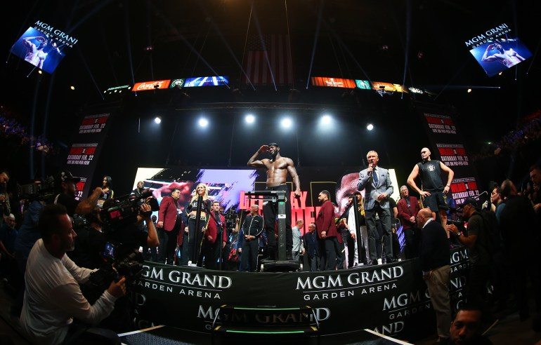 Deontay_Wilder_flex_wide2