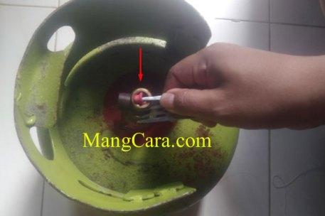 Mengatasi tabung gas ngowos