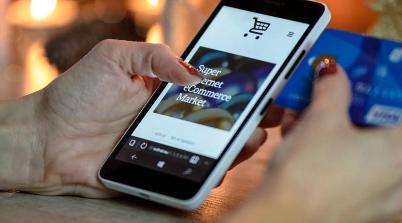Shopping di Natale e Cyber Security: come acquistare i regali senza rischi